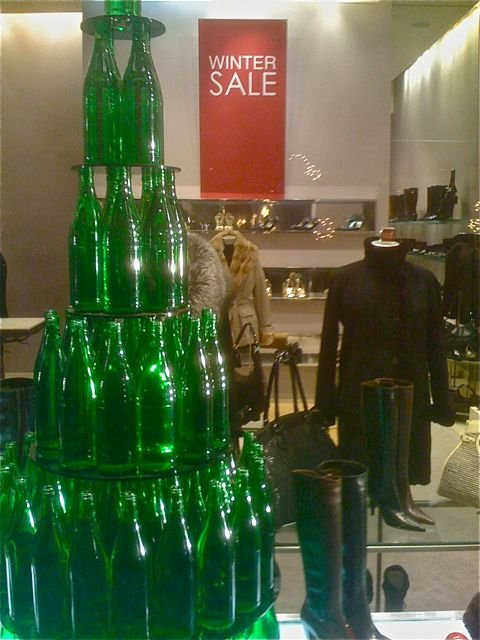 examples of visual merchandising in retail