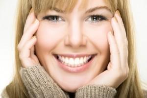 smiling woman associate