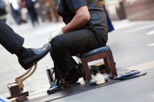 Retail management: 7 Tips From An Airport Shoe Shine