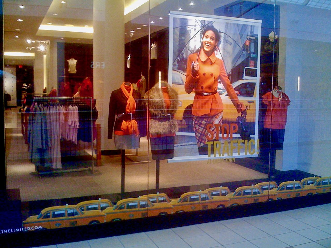 how to visual merchandise retail windows