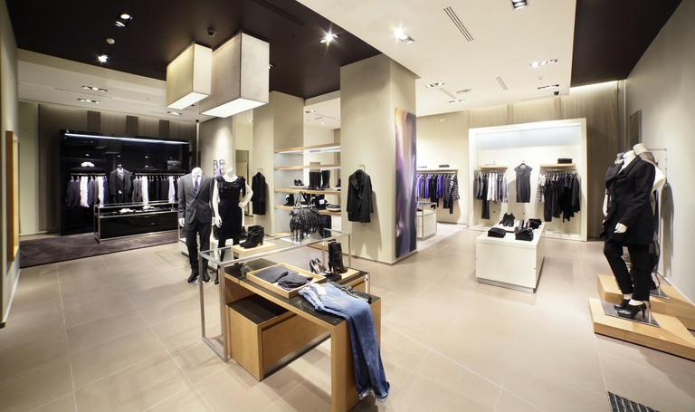 how to visual merchandise your retail store