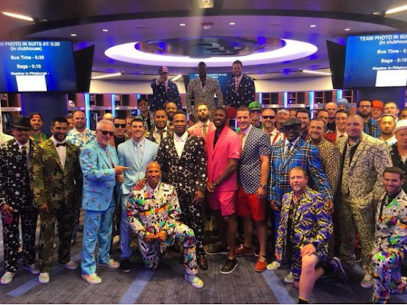 Chicago Cubs road trip zany suits provide clues to retail