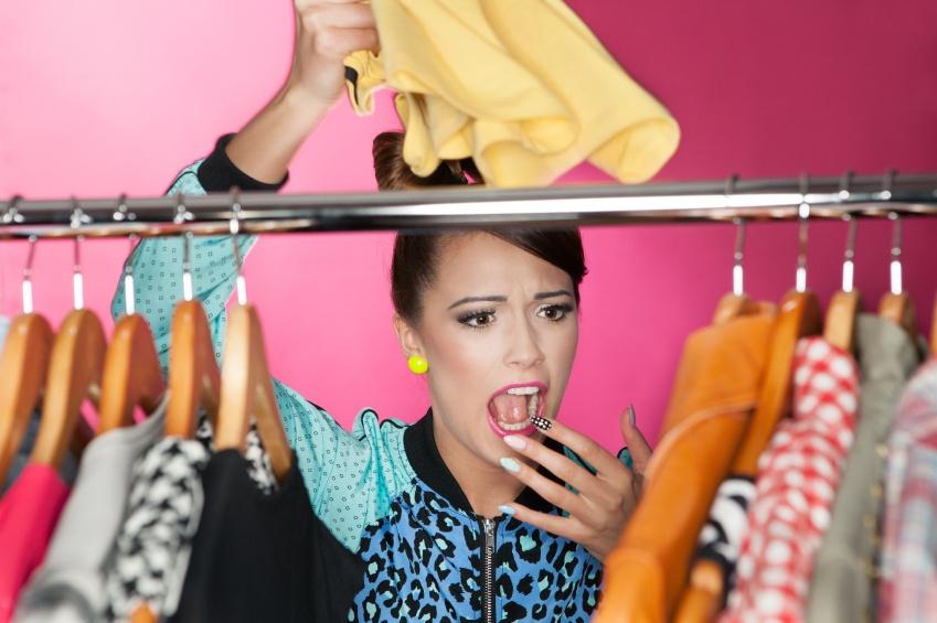 retail employee dress code