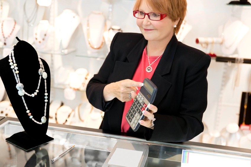 how to sell jewelry luxury at full price retail