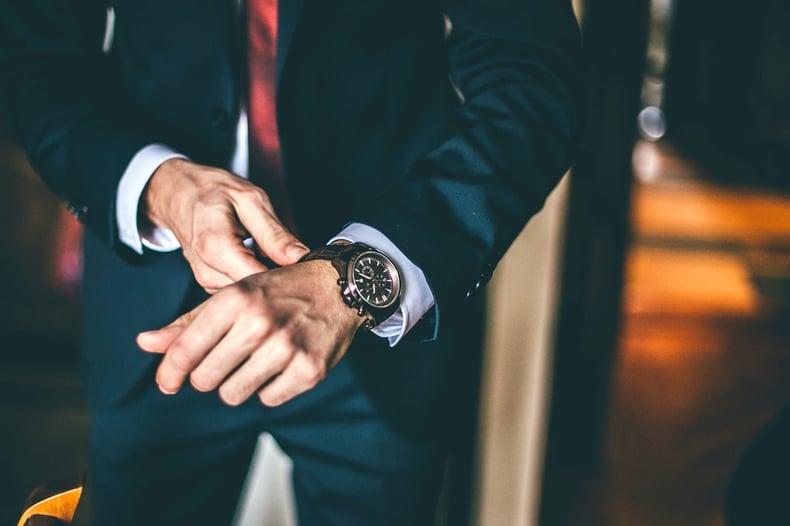 luxury retail sales tips