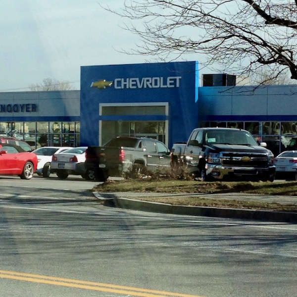 Chevrolet dealer blue square entrance