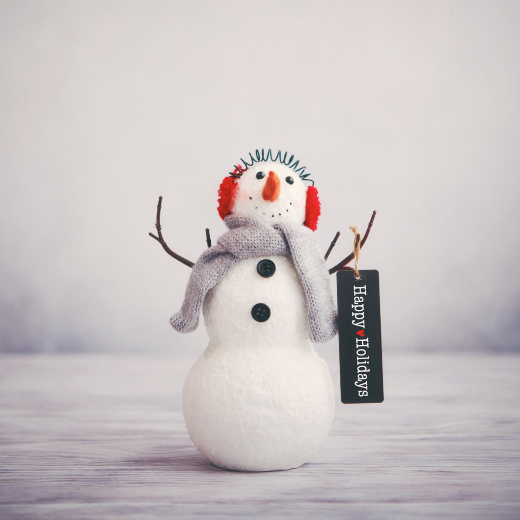Greeting a Customer: Do You Say Merry Christmas in Your Retail Store?