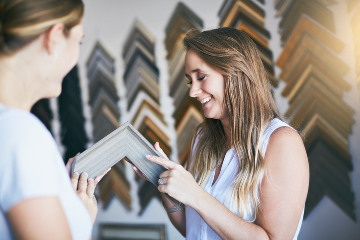 Retail Picture Framing Stores: How To Make Sales